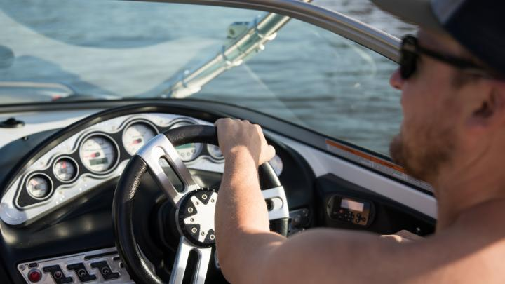 How to Legally Drive a Boat in my State?