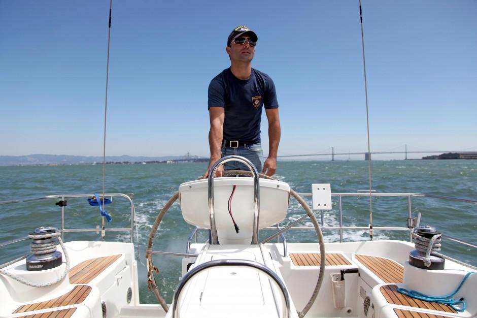 rent-a-boat captain sailme
