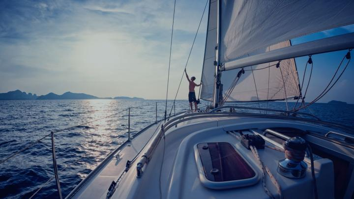 Essential Boating Safety Tips for Sailing Alone