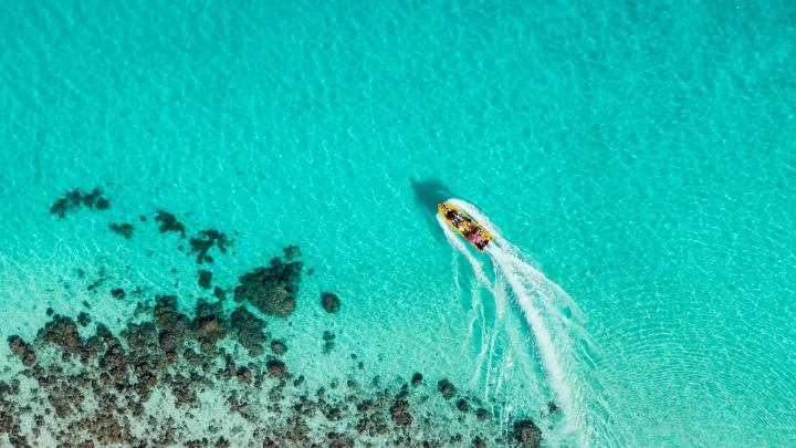 Top 7 Caribbean Destinations for boating 🥥👙🦩