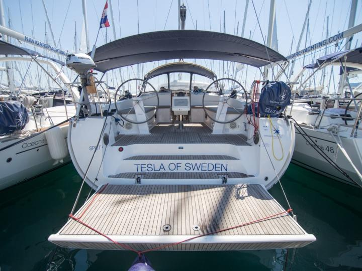 Rent a yacht in Palma de Mallorca, Spain and enjoy a boat trip like never before.