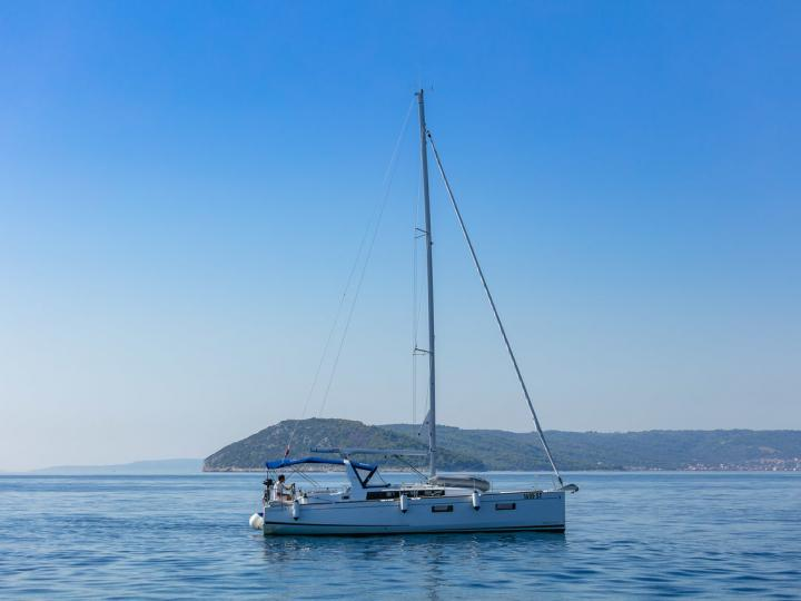 Private sail boat boat in Split, Croatia for up to 8 guests.
