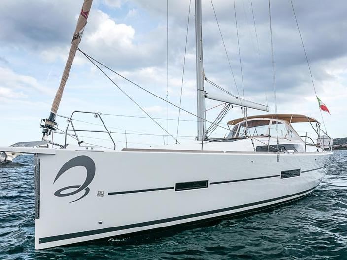 Top sail boat rental in Portisco, Italy, for up to 6 guests.