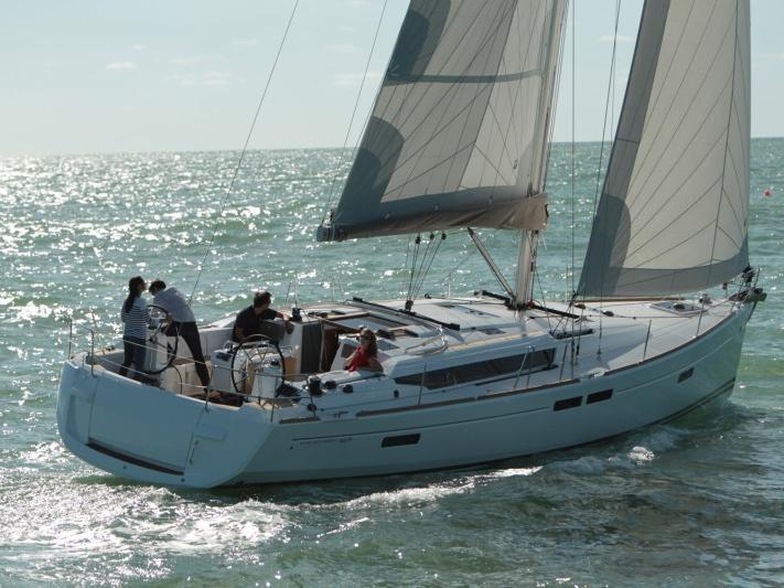Top sail boat boat charter in Scarlino, Italy.
