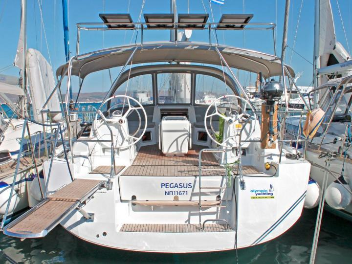 Rent a sailboat for up to 10 guests in Lavrio, Greece - the Pegasus yacht charter.