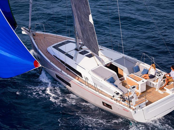 Boat rental & yacht charter in Cala D'or, Spain - sailboat for up to 8 guests.