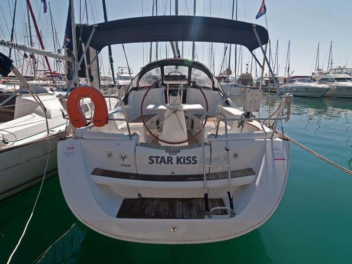 Sailboat rental in Split, Croatia - discover sailing on the Sun Odyssey.