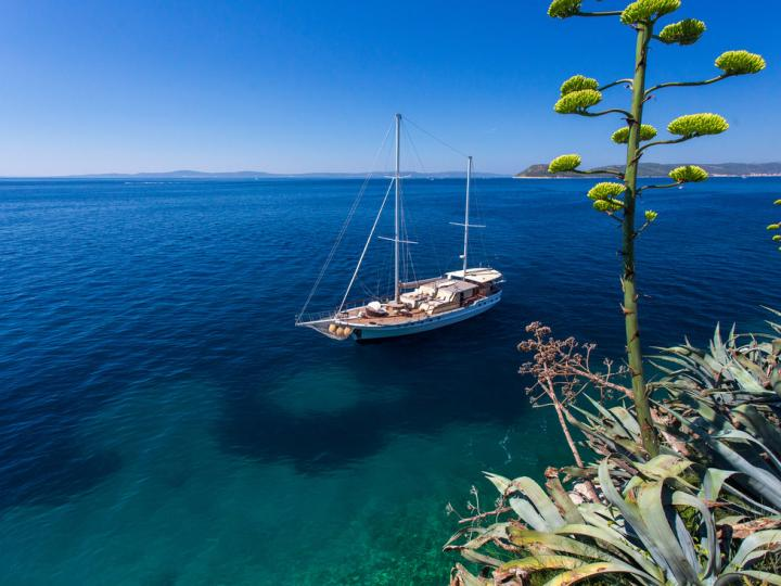 Gulet - Power boat for rent in Split, Croatia.