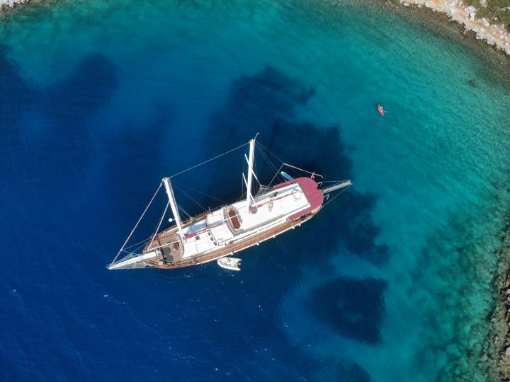 This wonderful luxury gulet sailing at the coasts of aegean and Mediterranean is 32 meters long and for 16 people