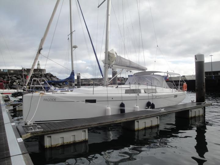 Yacht charter in Ponta Delgada, Portugal - a 6 guests sail boat for rent.