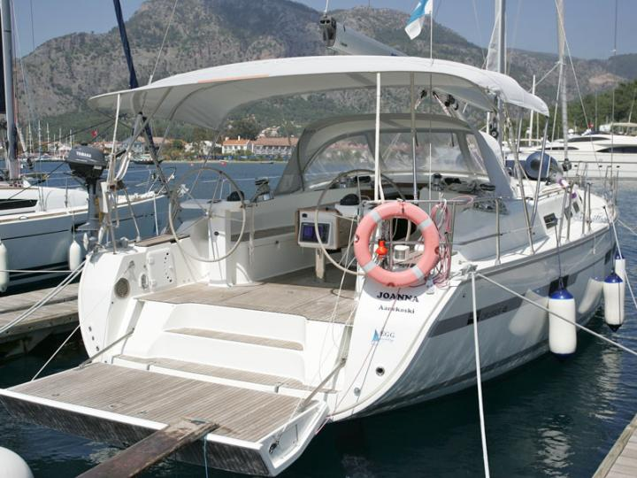 Cruise the beautiful waters of Göcek, Turkey, aboard this great sail boat for rent.
