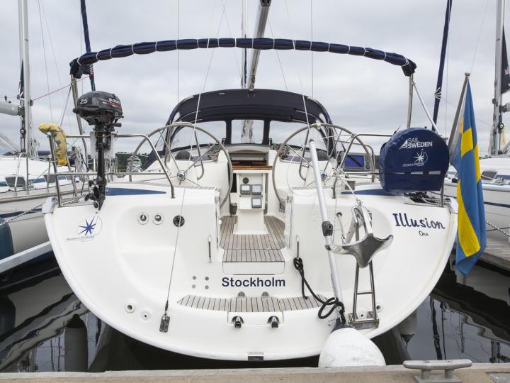 Affordable sailboat for rent in Stockholm, Sweden.