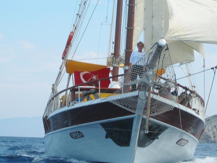 This wonderful luxe gulet yacht is 24 m long and for 12 people