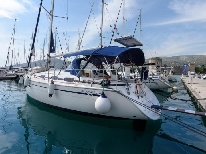 Boat for rent & yacht charter in Trogir, Croatia for up to 4 guests.