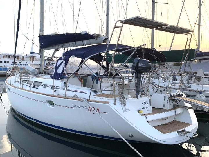 Yacht charter in Lavrio, Greece - a 8 guests sail boat for rent.