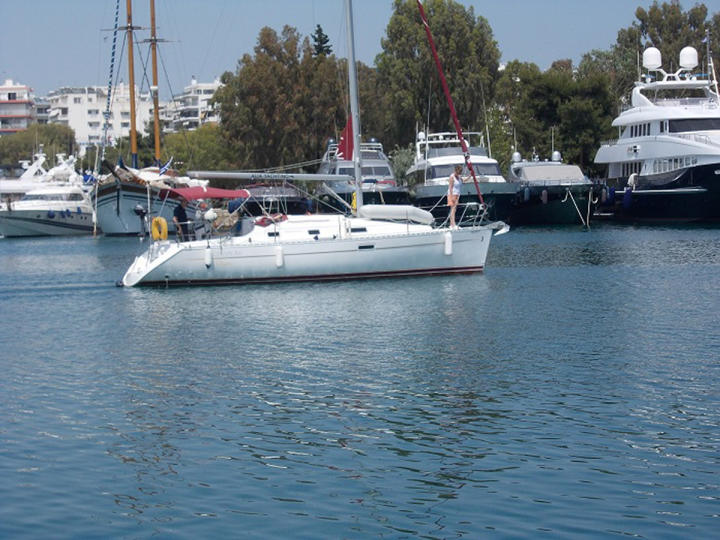 Sail the amazing Greek islands aboard Beneteau Oceanis 311 in Athens
