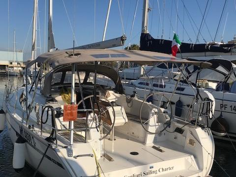 Sail boat for rent in Portisco, Italy. Enjoy a great yacht charter for 6 guests.
