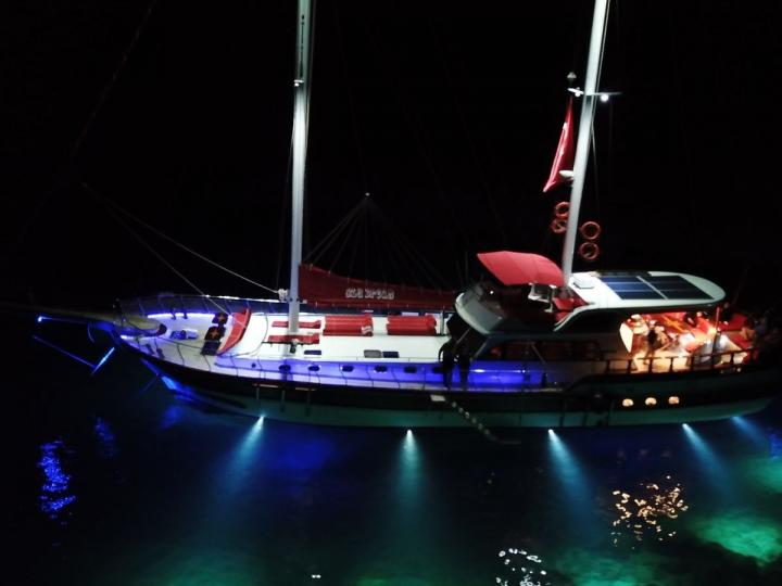 This wonderful luxury gulet sailing at the coasts of aegean and Mediterranean is 25 meters long and for 8 people
