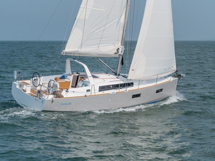 Boat for rent in Zadar, Croatia for up to 6 guests - the Marica yacht charter.