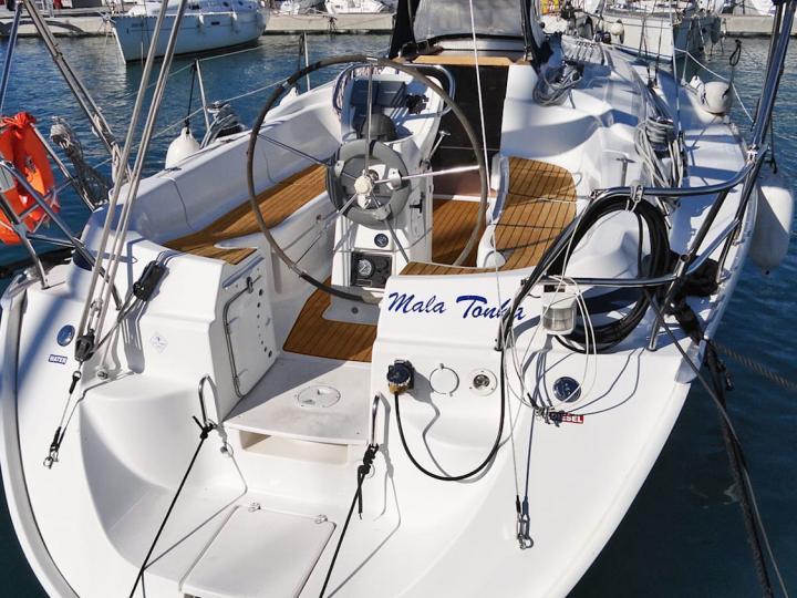 Affordable sailboat rental in Split, Croatia.