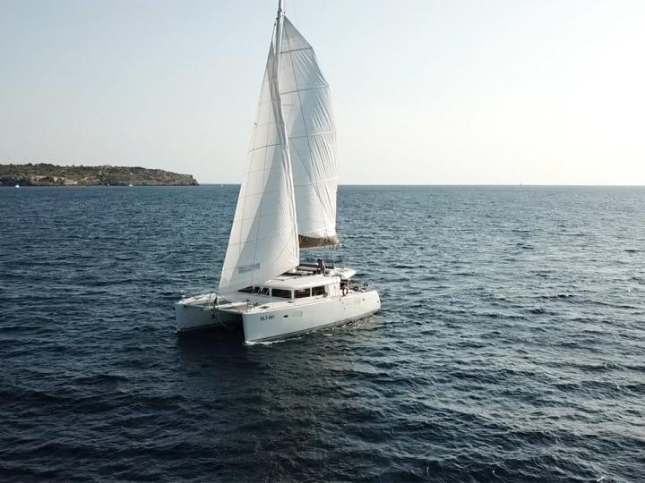 Rent a catamaran in Portals Nous, Spain - the Legend VLT-091 boat.