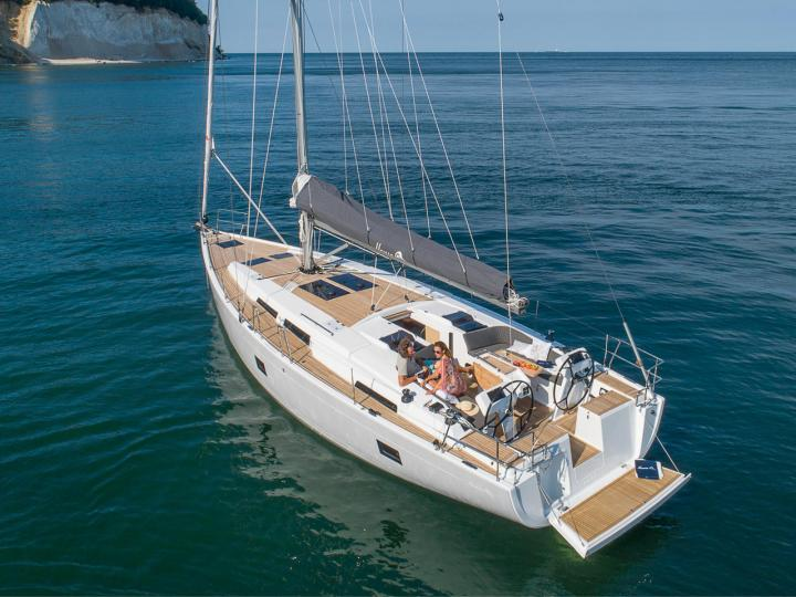 Rent a boat in Göcek, Turkey and discover boating on a sail boat.