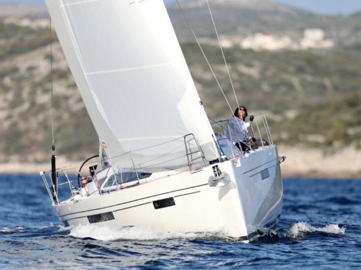 Charter a sailboat in Primošten, Croatia - the ultimate yacht charter.