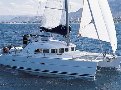 Rent a boat in Scrub Island, British Virgin Islands, and discover sailing on a catamaran.