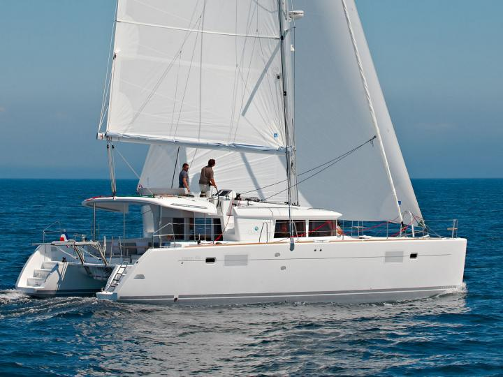 Rent a catamaran in Lavrio, Greece and enjoy a boat trip on a yacht charter for 12 guests.