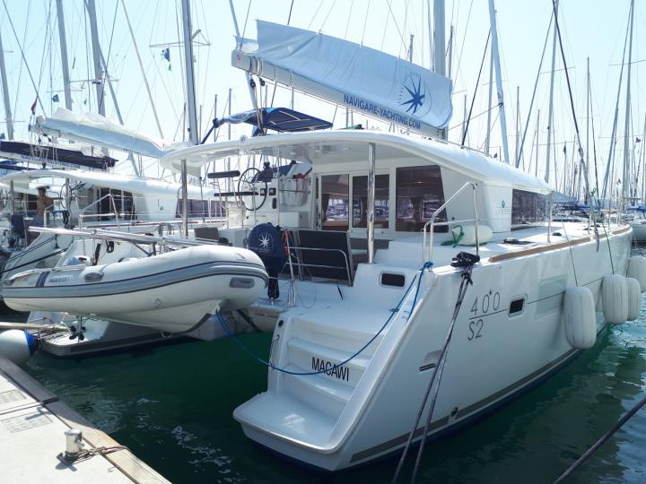 Dreams do come you when you charter this catamaran boat in Croatia - the Macawi for 8 guests.