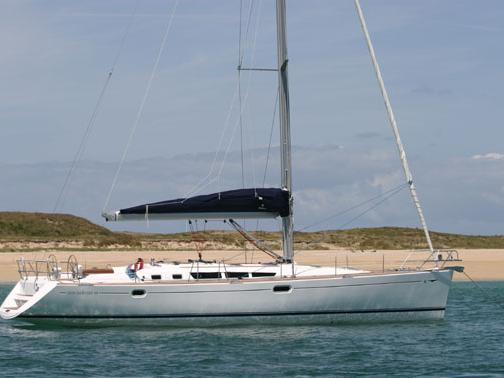 The best boat rental in Nettuno, Italy - amazing sail boat for rent.