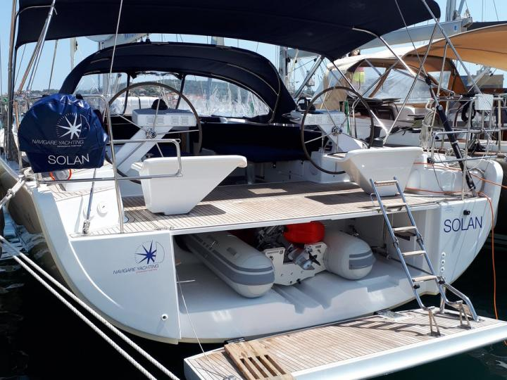 Rent this marvelous 56ft sailboat in Croatia and enjoy an Adriatic boat trip like never before.