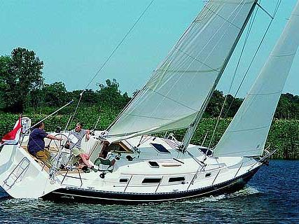 A great boat for rent - discover all Nettuno, Italy can offer aboard a sail boat.