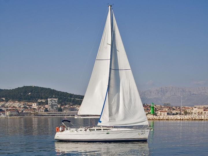 Sailing charter in Split, Croatia - rent a sail boat for up to 8 guests.