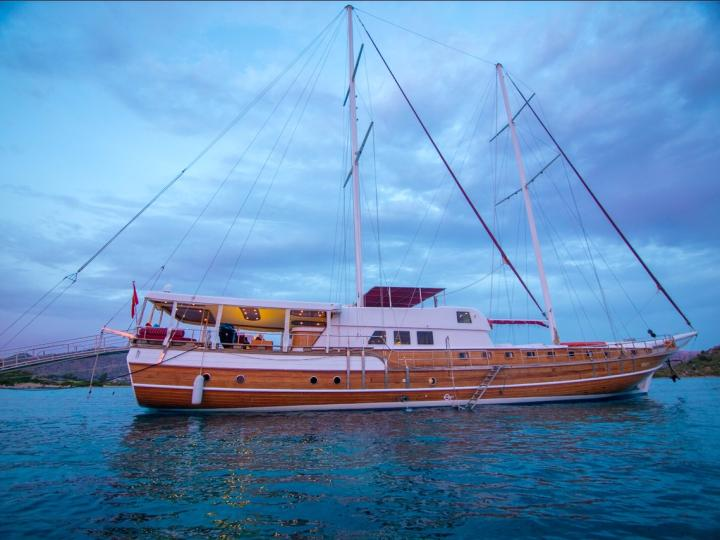 This wonderful deluxe  gulet is 32 meters long and for 16 guests.