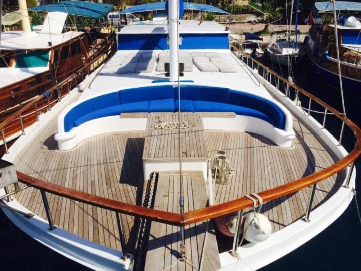 Gullet charter in Bodrum, Turkey - rent a whole gullet powerboat.