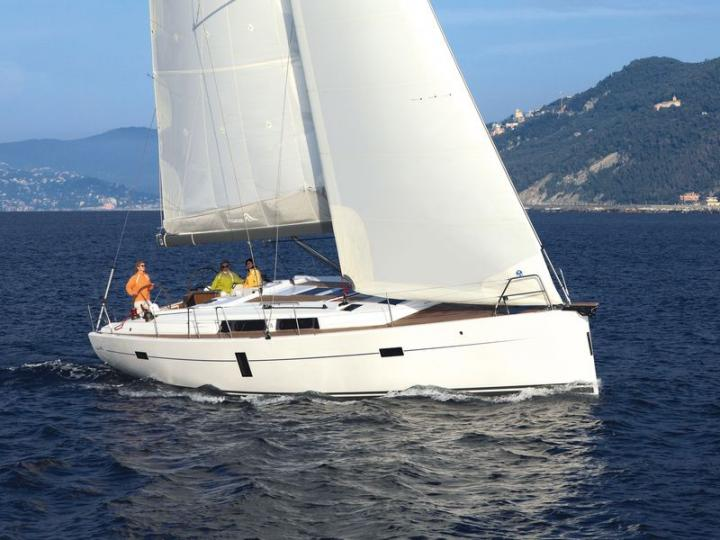 Boat for rent in Zadar, Croatia. Enjoy a great yacht charter for 8 guests.