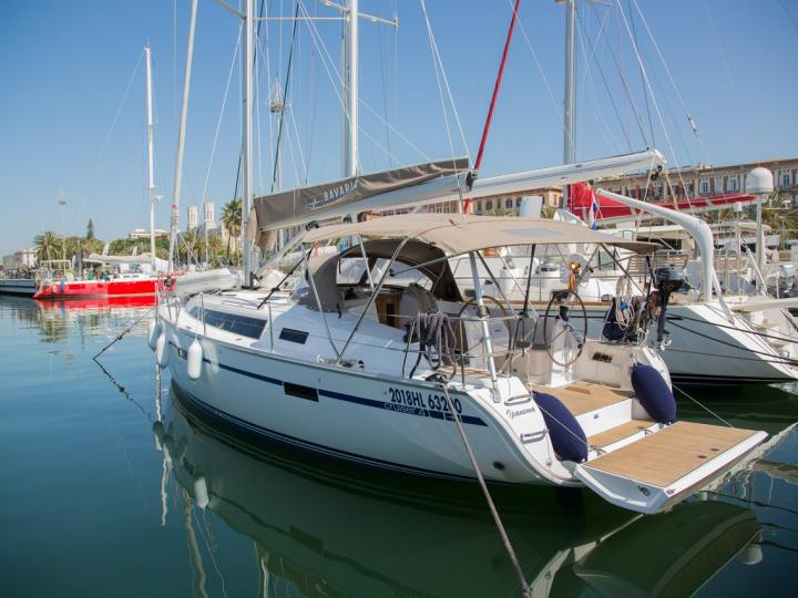 Boat rental & Yacht charter in Marinella, Italy for up to 6 guests.