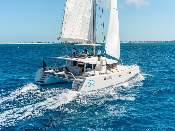Catamaran for rent in Corfu, Greece. Enjoy a great yacht charter for 10 guests.