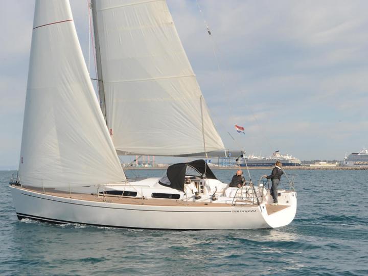 Boat rental & yacht charter in Primošten, Croatia.