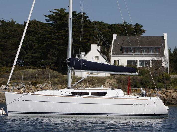 Boat rental & yacht charter in Sardinia, Italy for up to 4 guests.