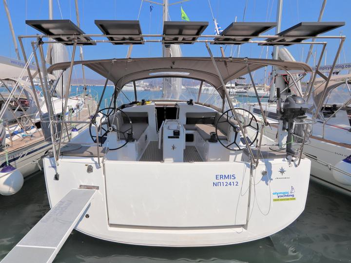 Yacht charter in Lavrio, Greece - rent a boat for up to 8 guests.