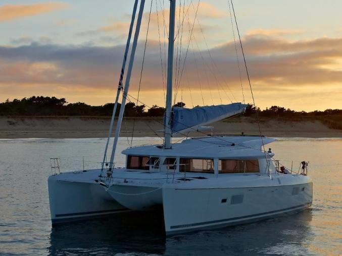 Charter catamaran for cruise the beautiful waters of Lisboa, Portugal aboard this great catamaran.