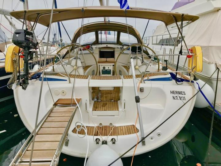 A great boat for rent - discover all Lavrio, Greece can offer aboard a sail boat.