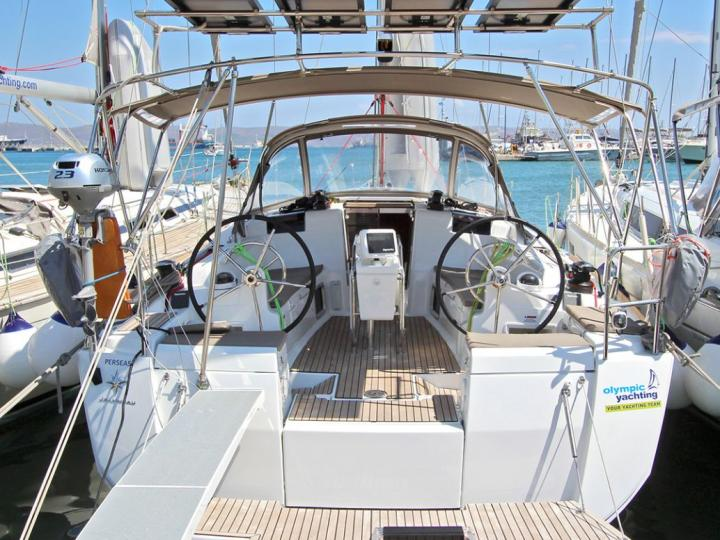 Gorgeous boat for rent in Lavrio, Greece for up to 6 guests - the Perseas sail boat.