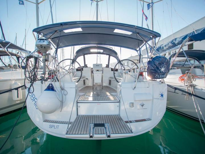 Private boat for rent in Dubrovnik, Croatia for up to 8 guests.