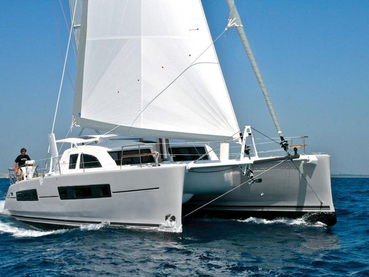 Enjoy a great boat trip on a catamaran for rent in Budva - the Sat Universe yacht charter.