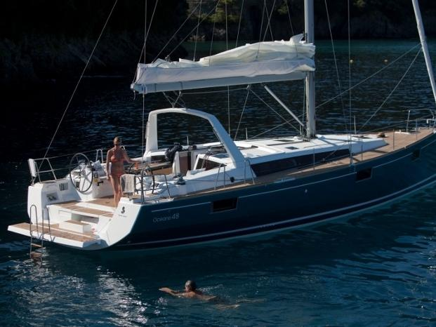 Rent the 48ft Orchidea boat in Toscana area in Italy!