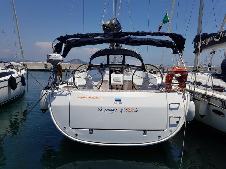 Charter a sail boat boat in Procida, Italy - the Ti tengo d'okkio for 8 guests.