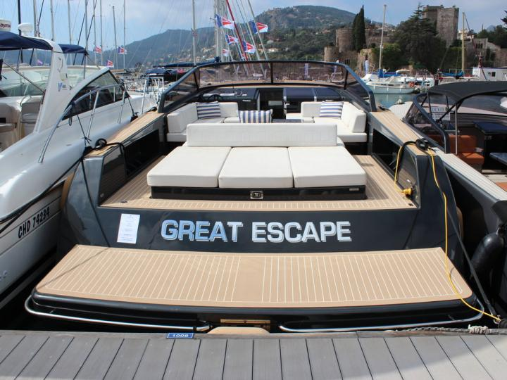Cruise the beautiful waters of Cannes, France aboard this great boat for rent.